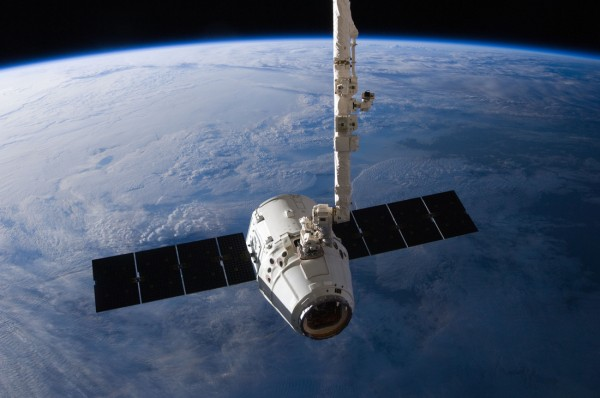 NASA протестирует систему жизнеобеспечения капсул SpaceX