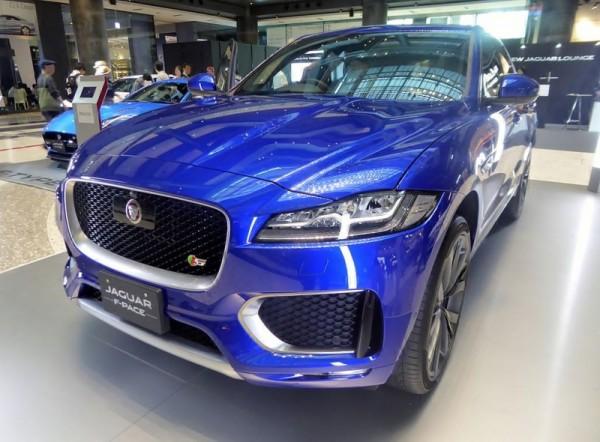 В Женеве представили кроссовер  Jaguar F-Pace, модернизированный тюннинговым ателье Haman
