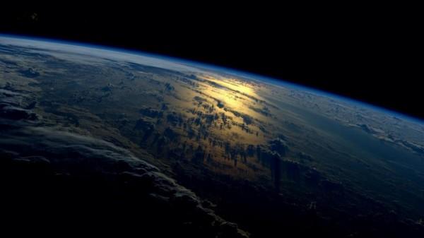 Ученые: Мегаполис на орбите Земли появится через 20 лет