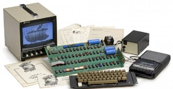 Один из первых компьютеров Стива Джобса Apple 1 продадут на аукционе в Германии