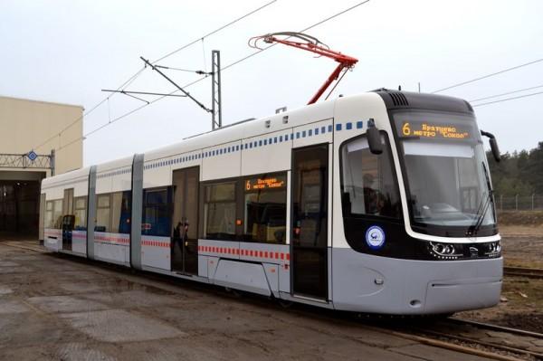 На московские маршруты вышли трамваи нового поколения