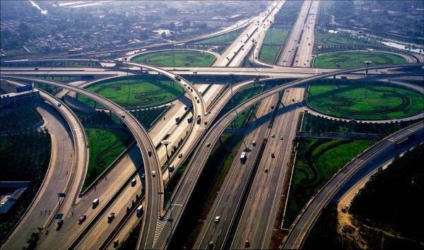 Китай потратит 15 млрд долларов на строительство дорог в Россию