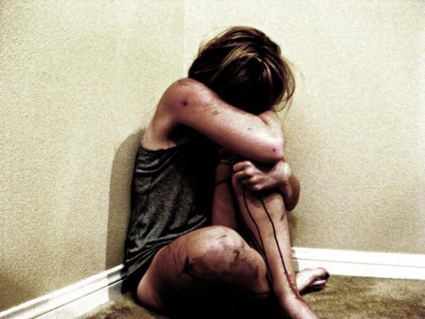 Ученые: Девочки, которых насиловали в детстве, созревают быстрее