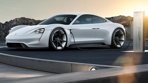 Электрокар Porsche Mission E выйдет в нескольких вариантах мощности