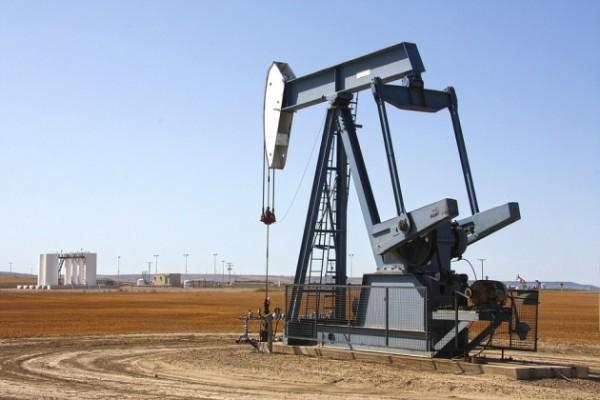 В мире отмечено понижение цен на нефть
