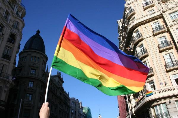 YouTube извинился за ограниченный доступ к видео перед ЛГБТ-сообществом