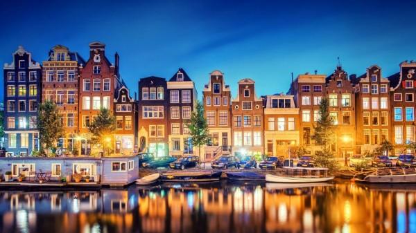 Выборы в парламенте Нидерландов закончились победой партии премьер-министра