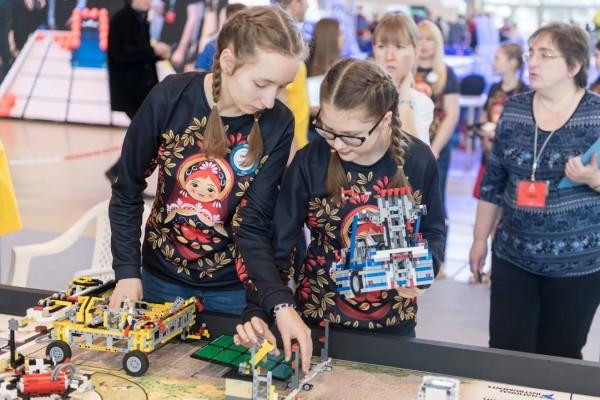 В столице объявили итоги робототехнического фестиваля «РобоФест-2017»
