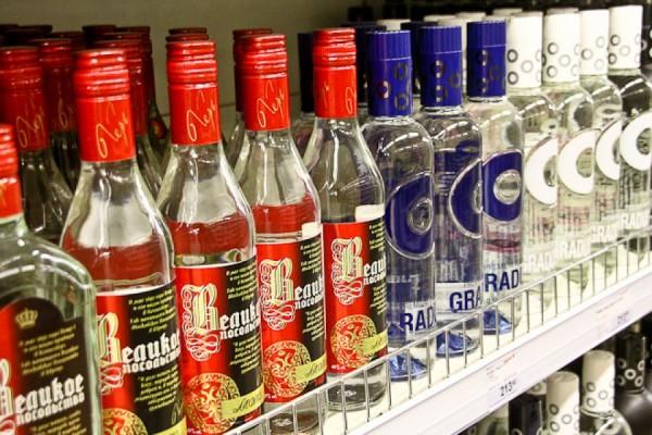 Минфину РФ дано поручение поднять минимальную цену на водку
