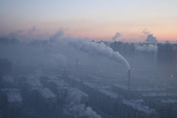 Ученые: Смог замедляет процесс глобального потепления