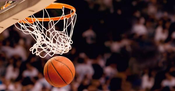 В чемпионате НБА «Денвер» одержал победу над «Кливлендом»