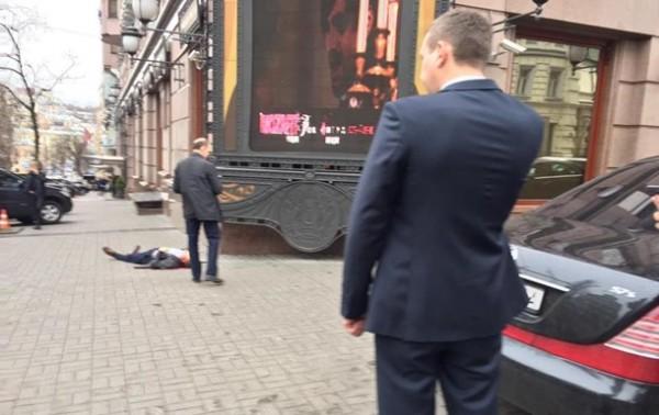 Песков высмеял заявление о «российском следе» в убийстве Вороненкова