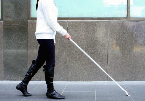 Ученые: Мозг слепых людей обостряет их слух, осязание и обоняние