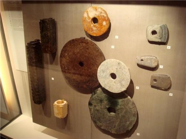 Ученые вернулись к изучениям каменных дисков племени дропа