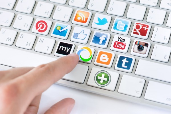 Эксперты рассказали о судьбе страничек умерших людей в соцсетях