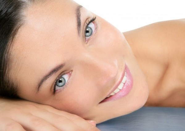 Ученые: Активированный уголь эффективно очистит кожу