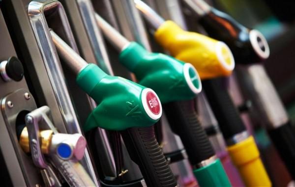 В России стабильно растут цены на топливо