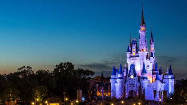 Корпорация Apple может приобрести студию Disney