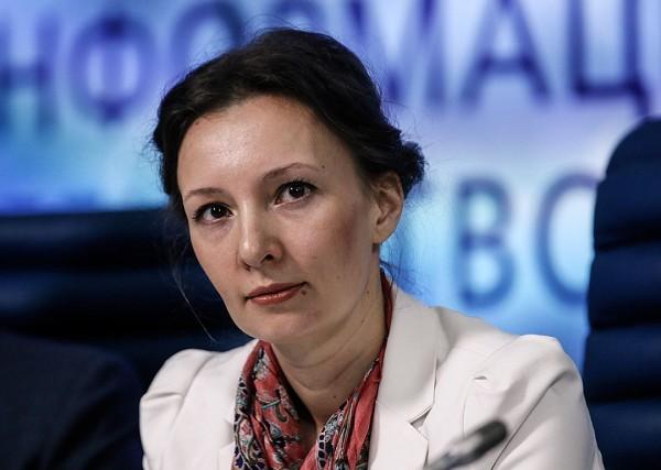 Анна Кузнецова: Обращения родителей, задержанных 26 марта школьников, не поступали
