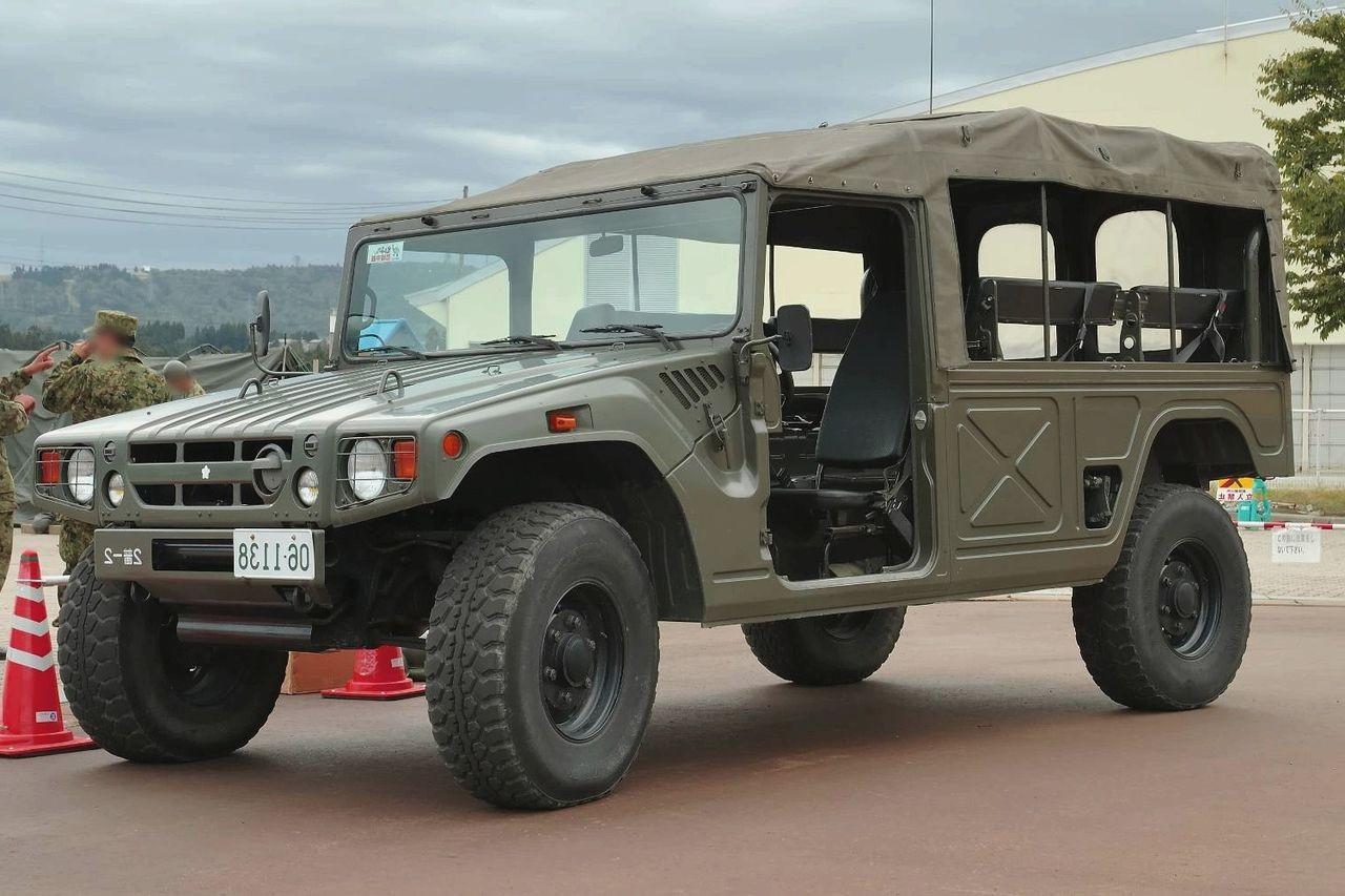 В Российской Федерации выставлен на реализацию военный Тойота мега Cruiser