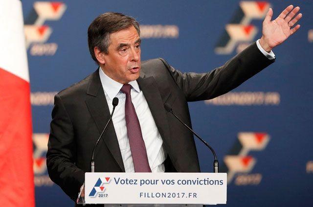 Марин ЛеПен стала лидером предвыборной гонки воФранции, Фийон