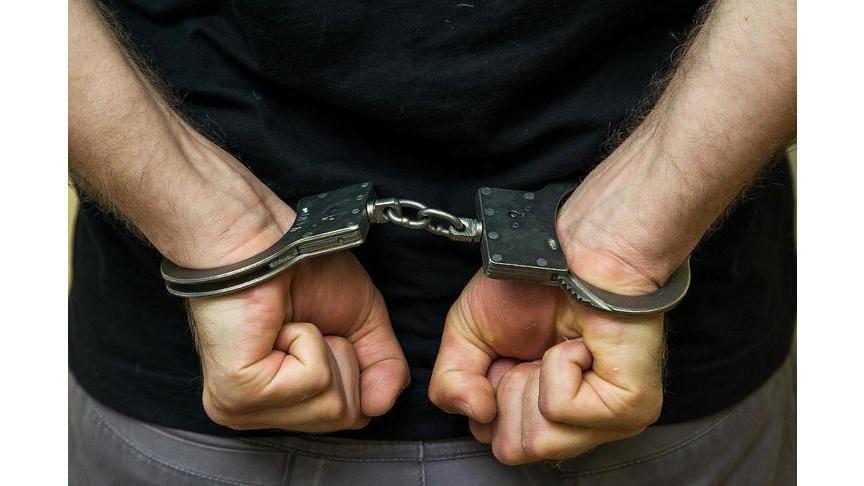 Неменее ста мужчин вЧечне задержаны загомосексуальность