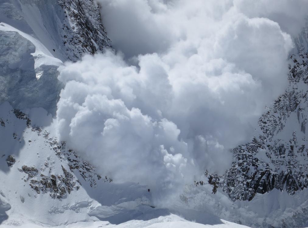 Экстренное предупреждение посходу лавин объявлено вгорах Кубани