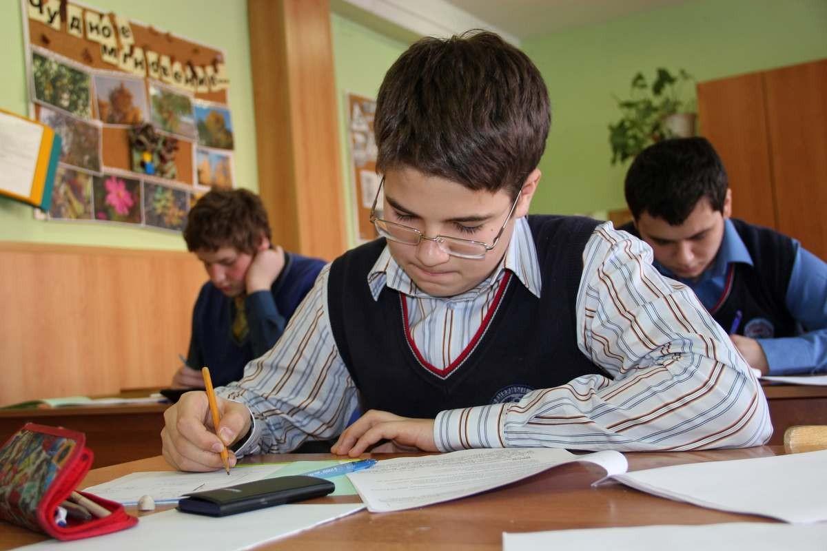 Старшеклассник изИжевска одержал победу воВсероссийской олимпиаде поинформатике