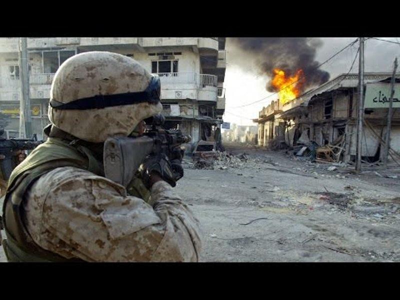 Иракские полицейские предотвратили нападение смертниковИГ напост вТикрите