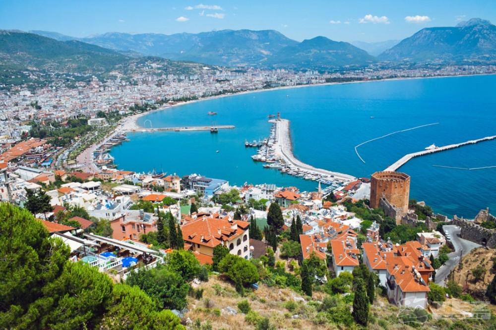 Число русских туристов вАнталье выросло на816%