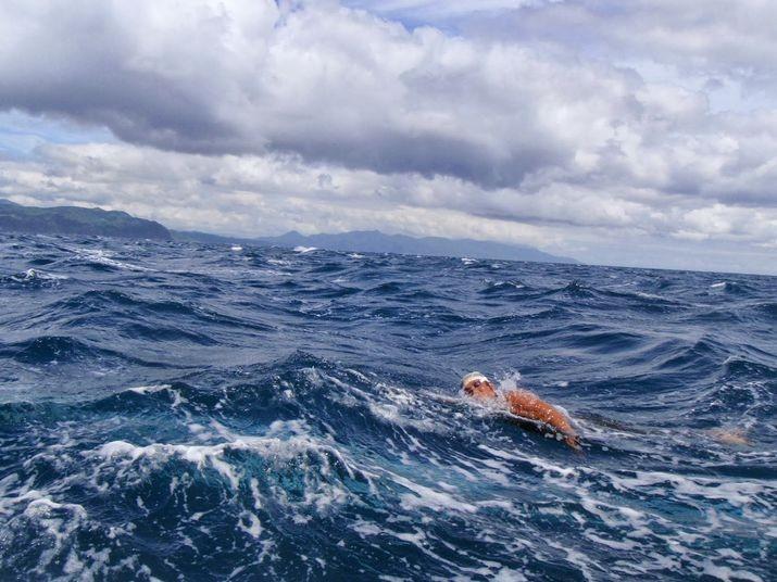 Гражданин РФ вТаиланде проплывет 8 километров с7-летней дочерью
