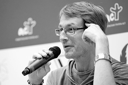 Скончался  писатель Александр Гаррос