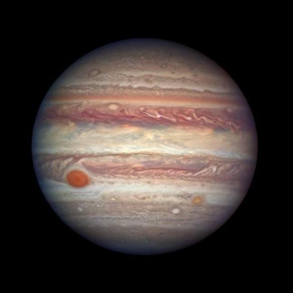 Превосходный снимок Юпитера впротивостоянии