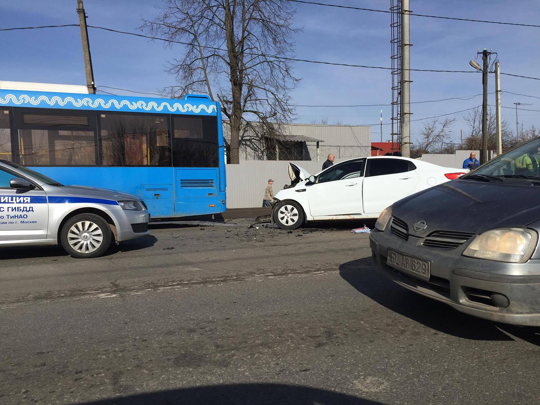 Два человека пострадали вДТП сучастием автобуса в новейшей столице