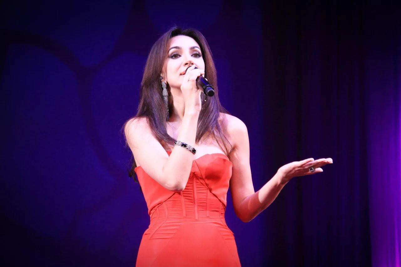 ВМИДе состоялся благотворительный концерт Зары