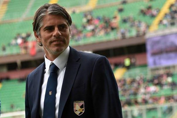 Палермо сменил тренера иуволил спортивного директора