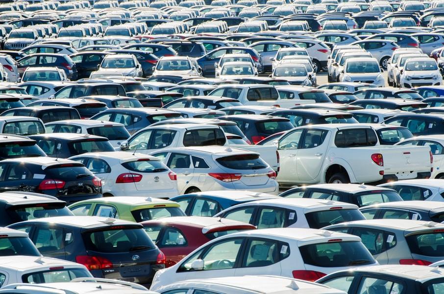 PwC предсказывает сокращение в Российской Федерации парка авто моложе 5-ти лет натреть