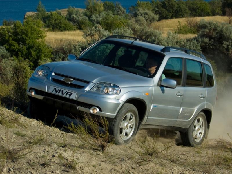 Вседорожный автомобиль Шевроле Niva получил новые опции