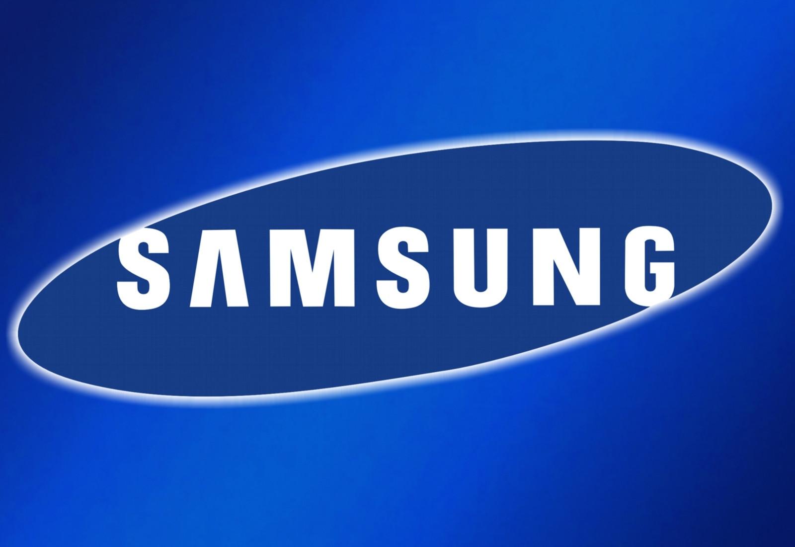 Компания Самсунг  тестирует двухэкранный прототип телефона  Galaxy X