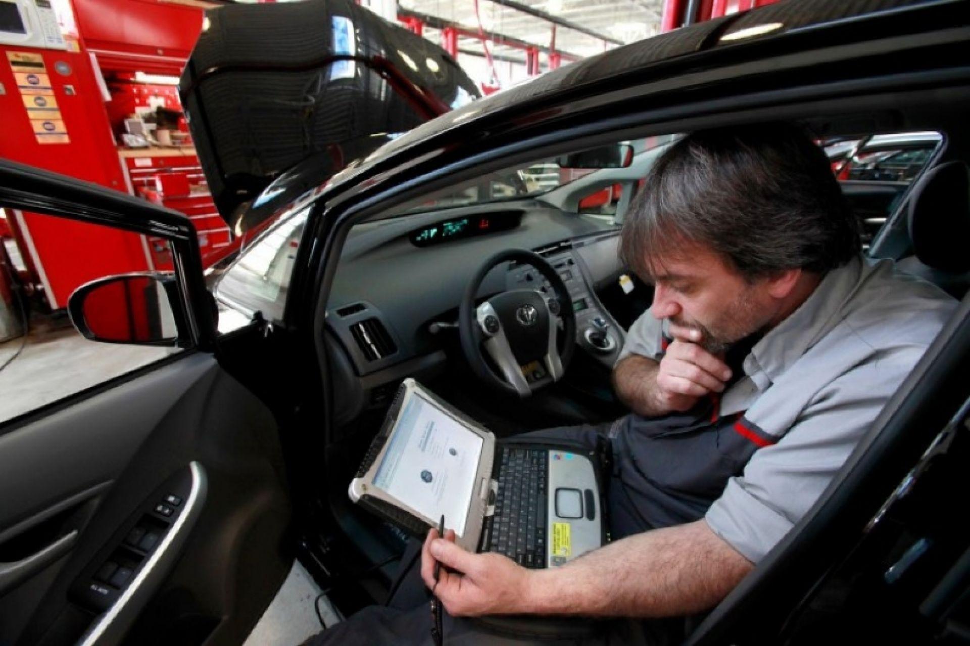 Эксперты выяснили, как хакеры удаленно заглушают мотор машины
