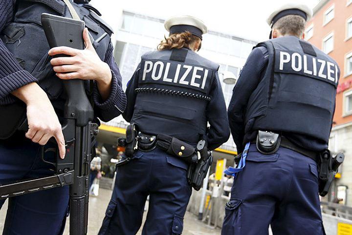 ВГермании задержаны три человека, подозреваемые вподготовке теракта
