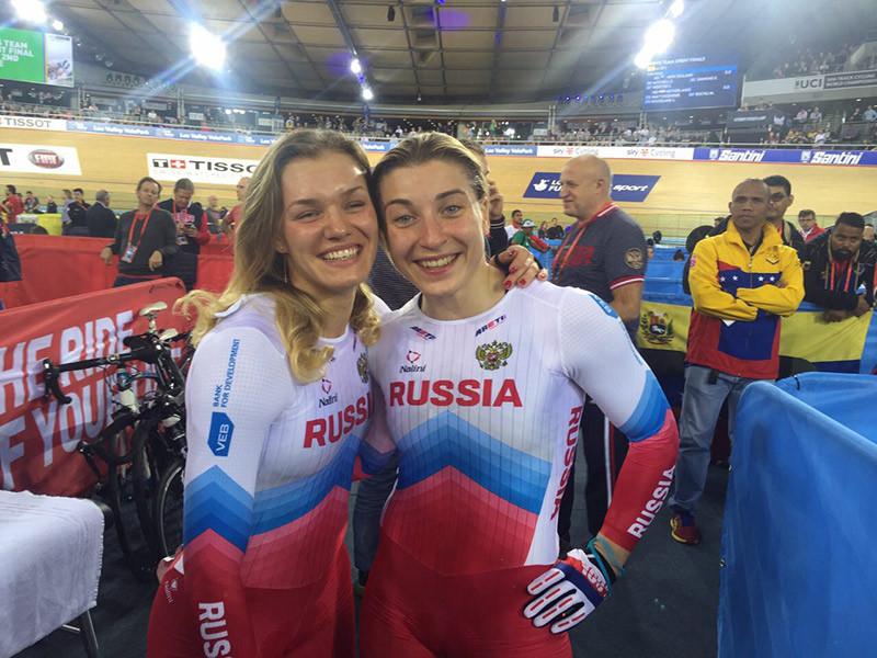 Дмитриев иШмелева взяли «золото» начемпионате мира повелотреку