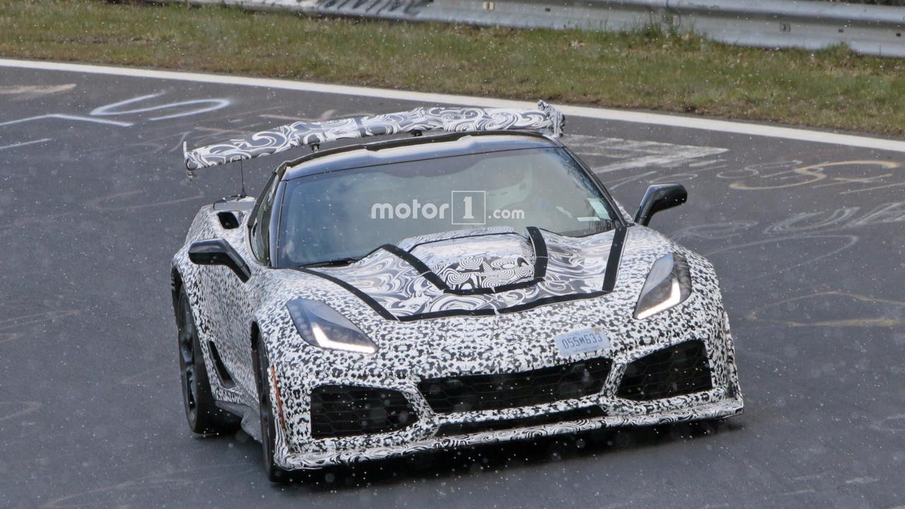 Новый Шевроле Corvette ZR1 проходит тесты наНюрбургринге