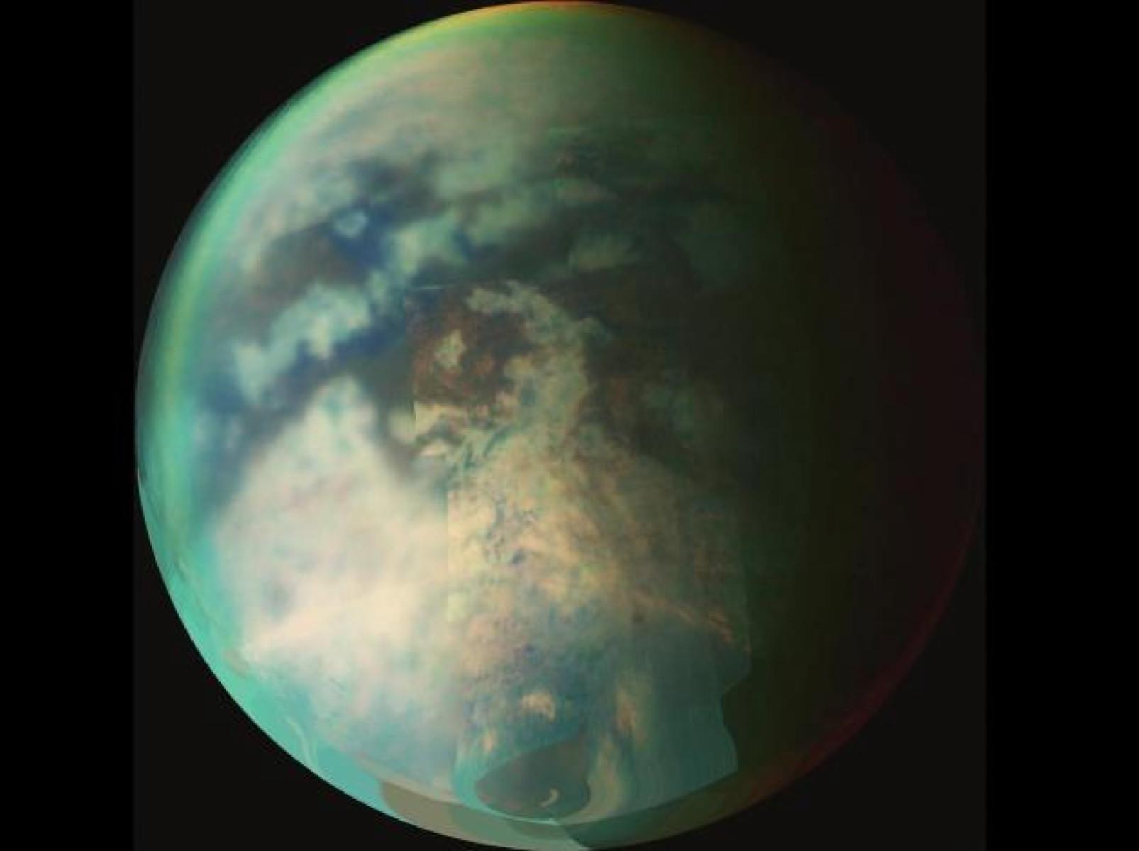 Ученые обнаружили пузырящиеся моря наТитане