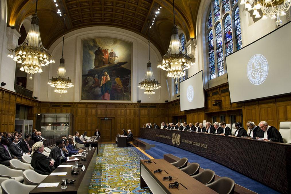 Суд ООН принял решение , что крымским татарам иукраинцам нужна защита