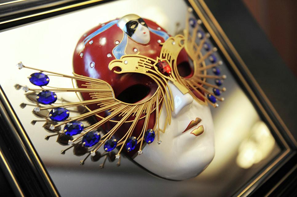 Путин: «Золотая маска» удерживает российские художественные традиции