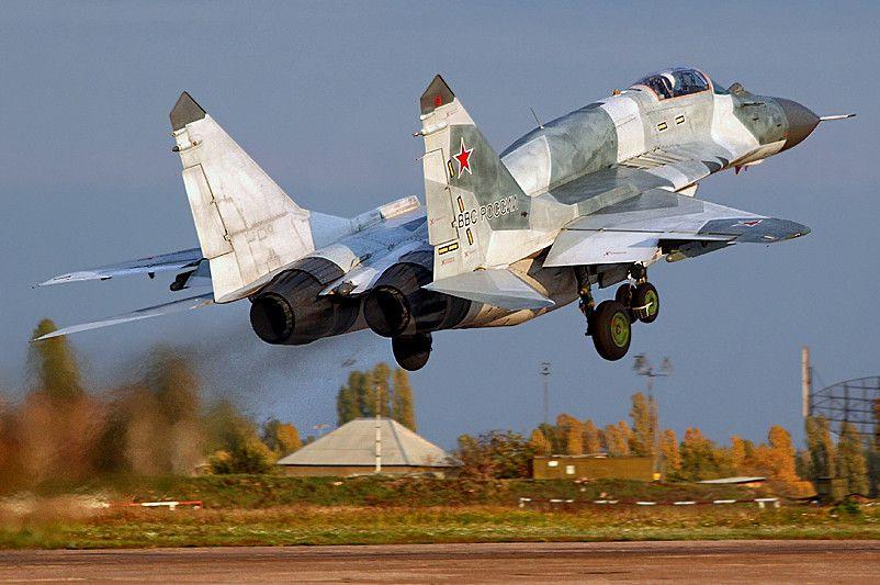 Истребители ВКСРФ перехватили условного противника наюге Российской Федерации