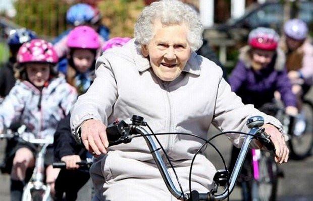 Езда навелосипеде понижает риск развития рака наполовину— Ученые