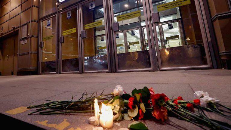 Состояние одного изпострадавших при взрыве вметро Петербурга ухудшилось