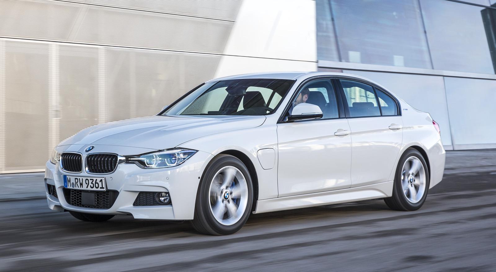 БМВ 3 возглавила рейтинг самых перепродаваемых после покупки машин